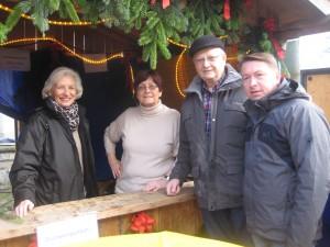 WeihMa2016 Bild-1-300x225 in Fuldataler Weihnachtsmarkt Am Backhaus – Auch die Liberalen waren wieder dabei.