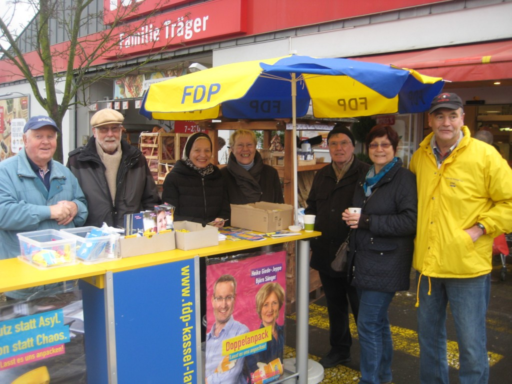 Wahlkampfstand 3-1024x768 in Kommunal-Wahlkampf ging in die letzte Runde
