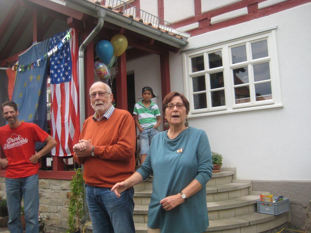 """AK 2017 1-1024x768 in """"Anne und Klaus"""" – In der Kasseler Straße von Fuldatal wurde ein großes Fest gefeiert."""