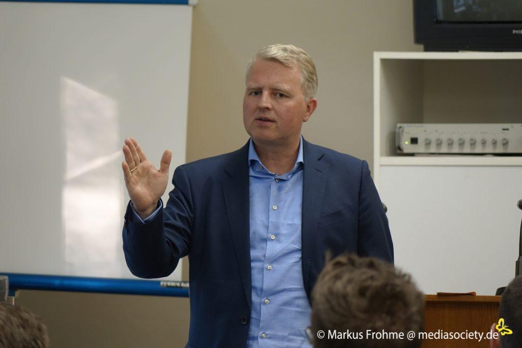 Sch Ffler 1-1024x683 in Liberaler Finanz- und Wirtschaftsexperte Gast bei der FDP-Region Kassel