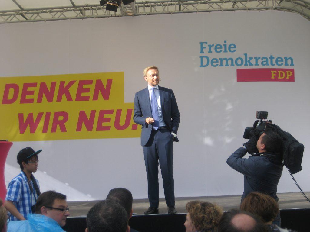 BTW2017-Linder 1-1024x768 in Höhepunkt des liberalen Wahlkampfes in der Region: Christian Lindner besuchte Kassel.
