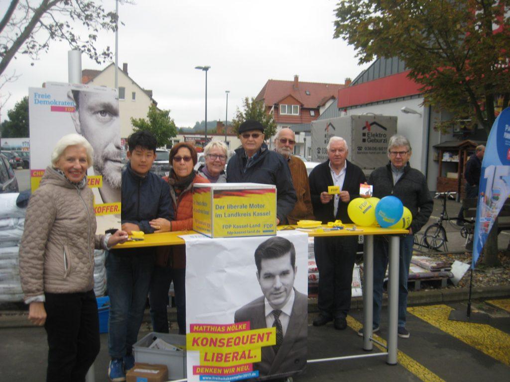 BTW2017-WKS 1-1024x768 in Bundestagswahlkampf auf Ortsebene – Fuldatals Liberale waren dabei