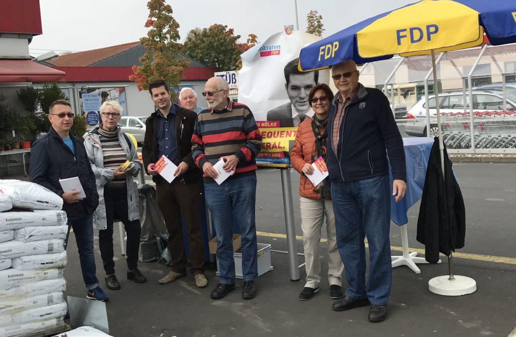 BTW2017 WS 3-1024x669 in Straßenwahlkampf - Traditionell letzter Stand des FDP Ortsverbandes Fuldatal am Samstag vor der Wahl