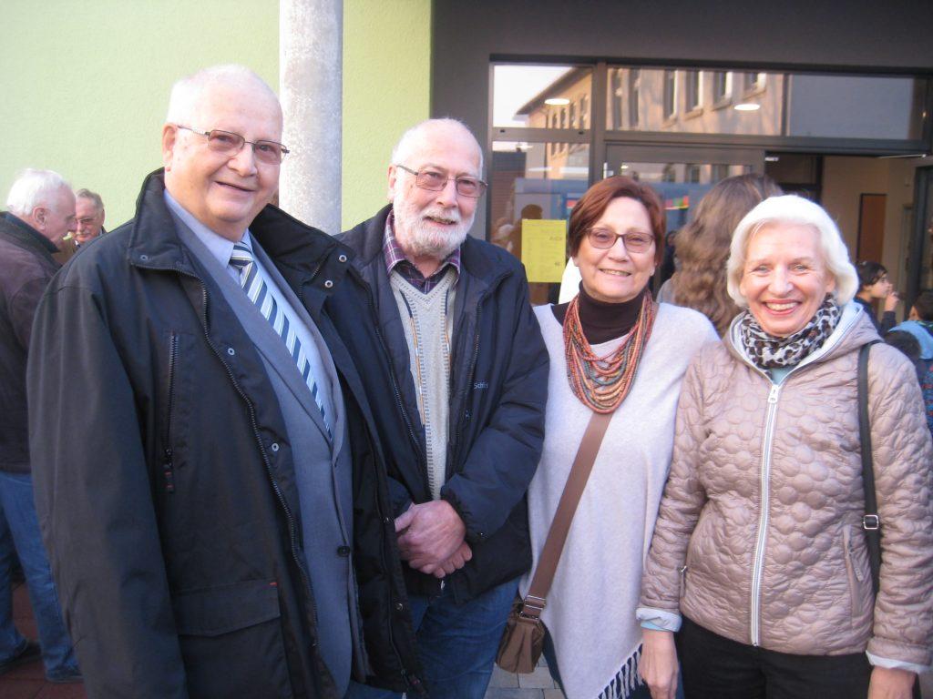 SchulGebEr2017-1024x768 in Vertreter des FDP-Ortsverbandes bei der Einweihung des Neubaus zur kooperativen Schulbetreuung dabei