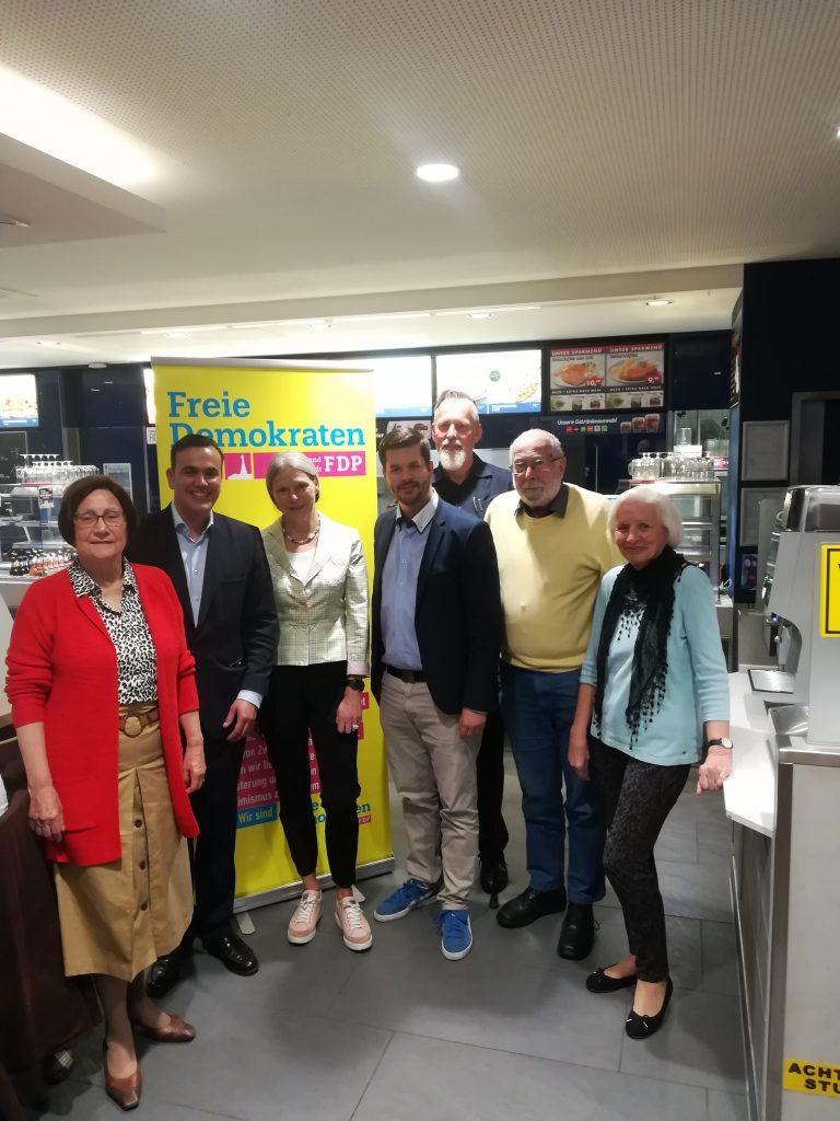 """FDP-Sommerempfang-2019-768x1024 in Die Zukunft der """"documenta"""" – aktuelles Thema beim diesjährigen Sommerempfang der FDP-Region Kassel"""